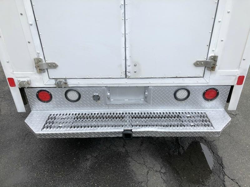 GMC Savana Commercial Cutaway 2011 price $16,900