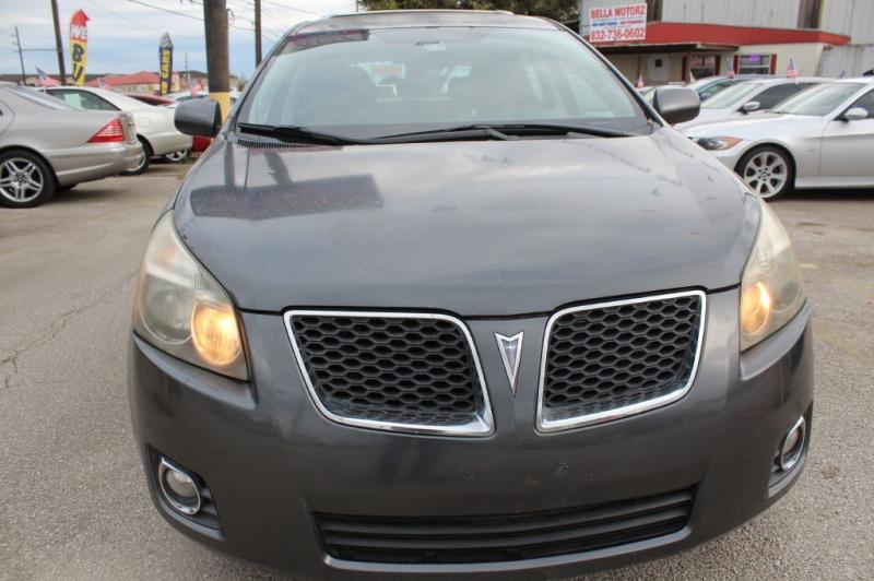 Pontiac VIBE 2009 price $3,999