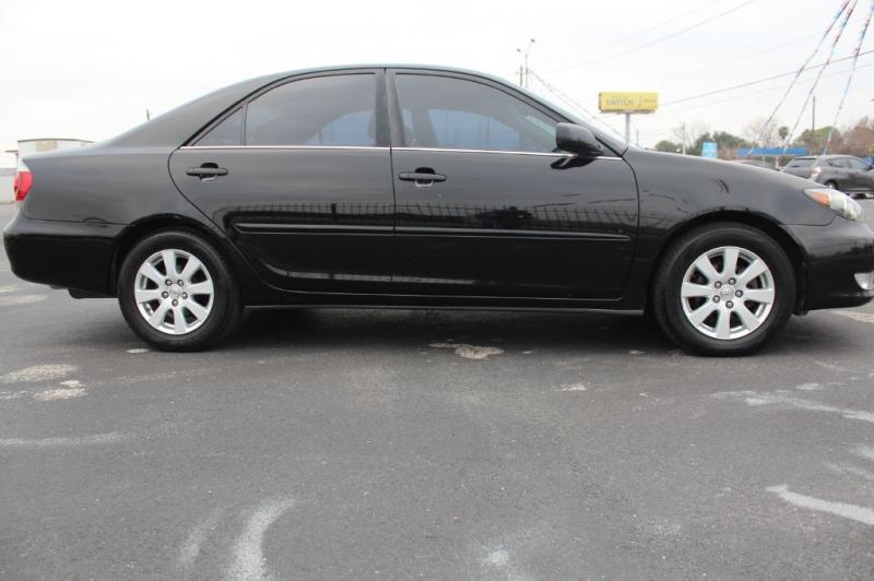 Toyota CAMRY 2005 price $4,300