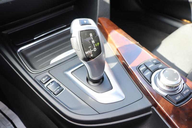 BMW 3-Series 2012 price $11,950
