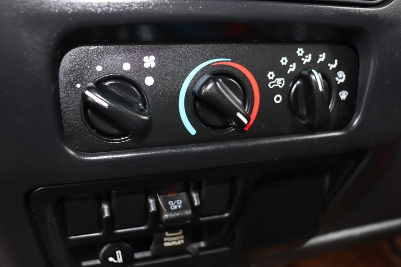 Jeep Wrangler 2006 price $9,999