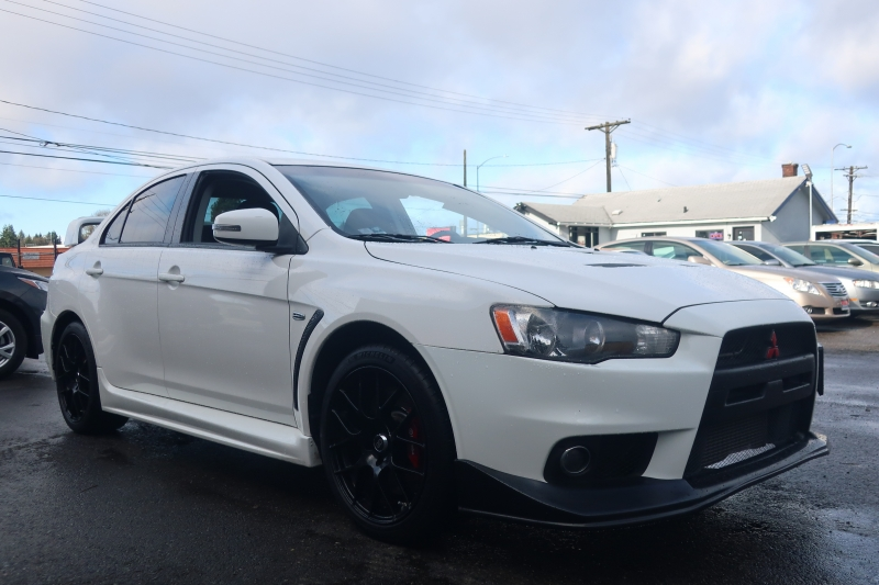 Mitsubishi Lancer Evolution 2015 price $22,500