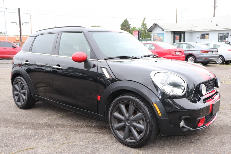 Mini Cooper Countryman 2011 price $9,950