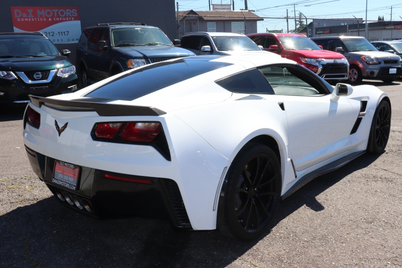 Chevrolet Corvette 2019 price $41,900