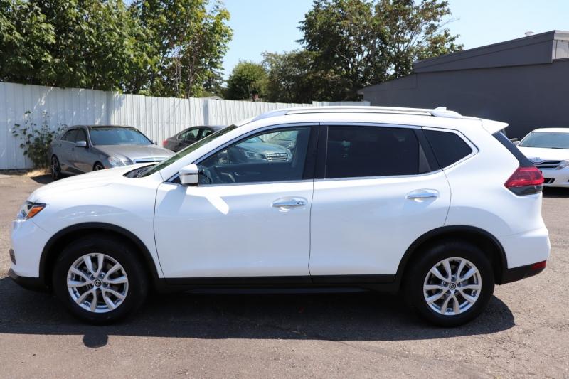 Nissan Rogue 2020 price $18,950