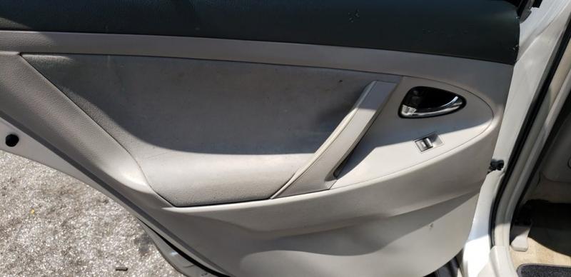 Toyota Camry 2011 price $900