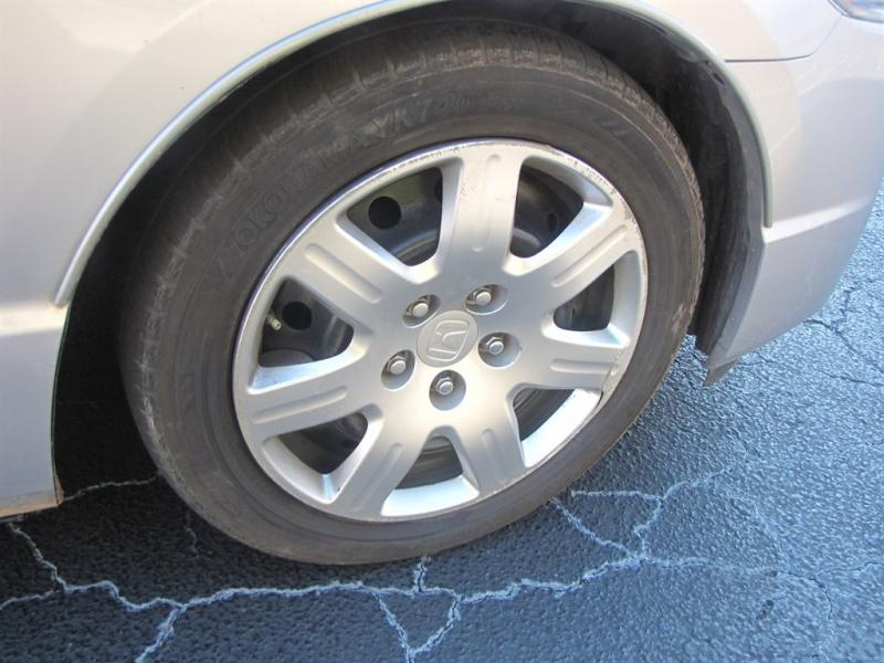 Honda Civic 2009 price $900