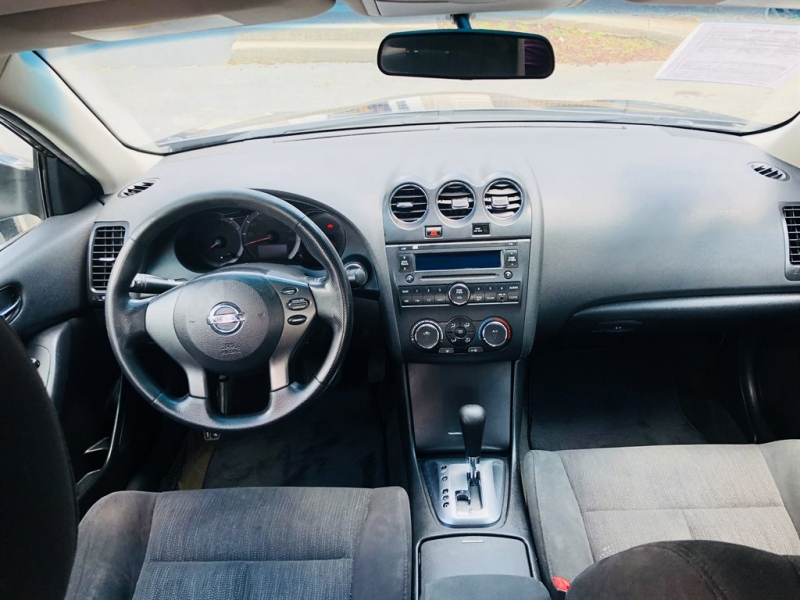 Nissan Altima 2012 price $700