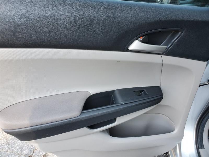 Honda Accord 2011 price $1,000