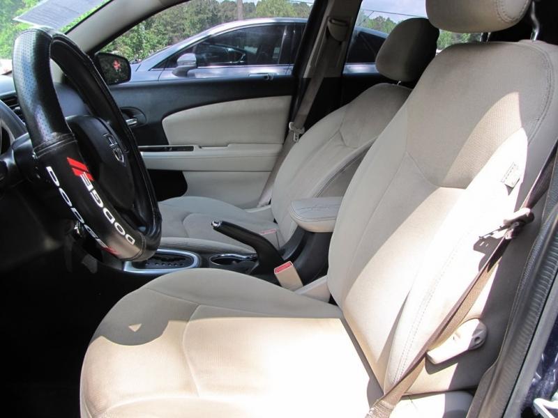 Dodge Avenger 2013 price $900