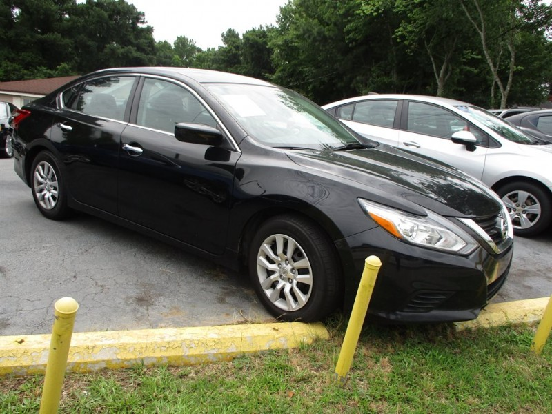 Nissan Altima 2016 price $2,500