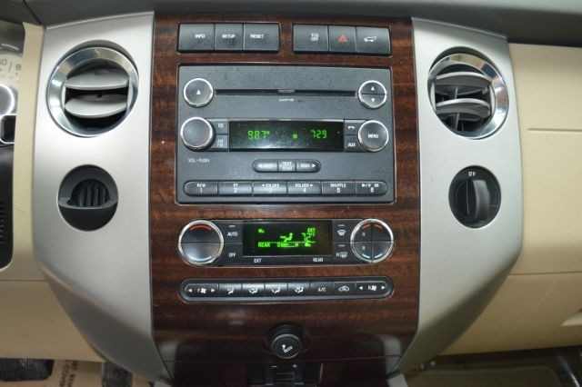 Ford Expedition 2014 price $15,835