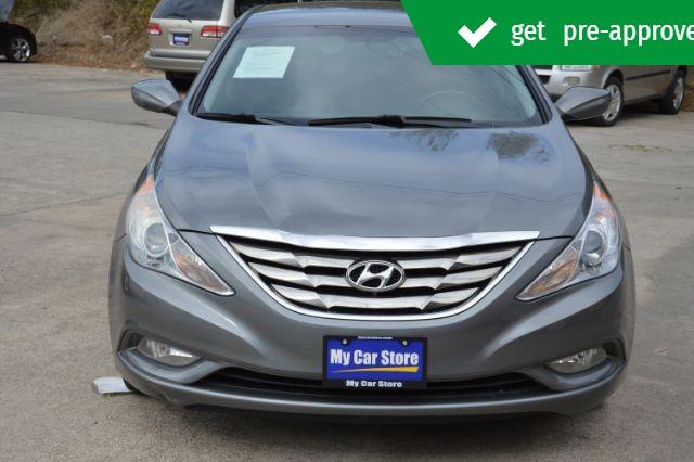 Hyundai Sonata 2013 price $9,943