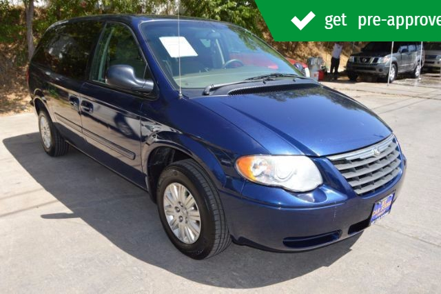 Chrysler Town & Country 2006 price $5,786