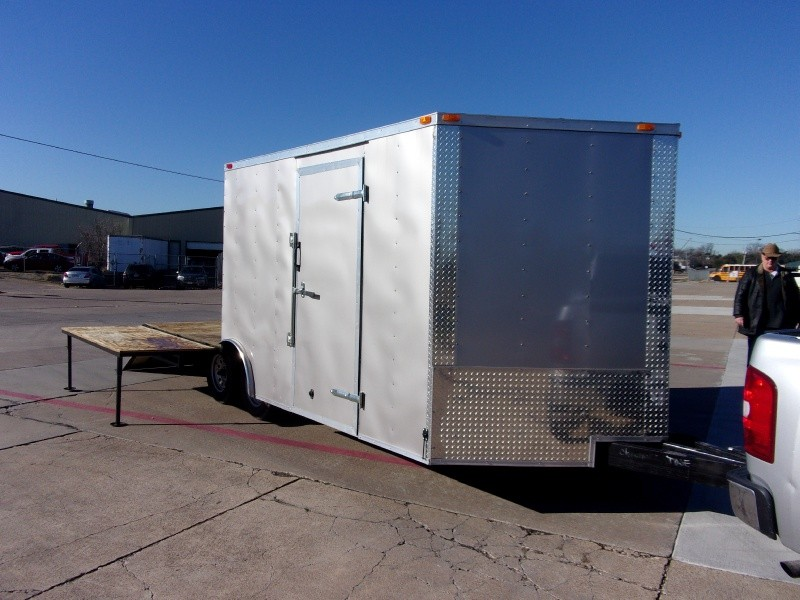 Deep South Trailers 24' ENCLOSED TRAILER PICNIC TABLE 220V 110V RAMP 2019 price $5,995