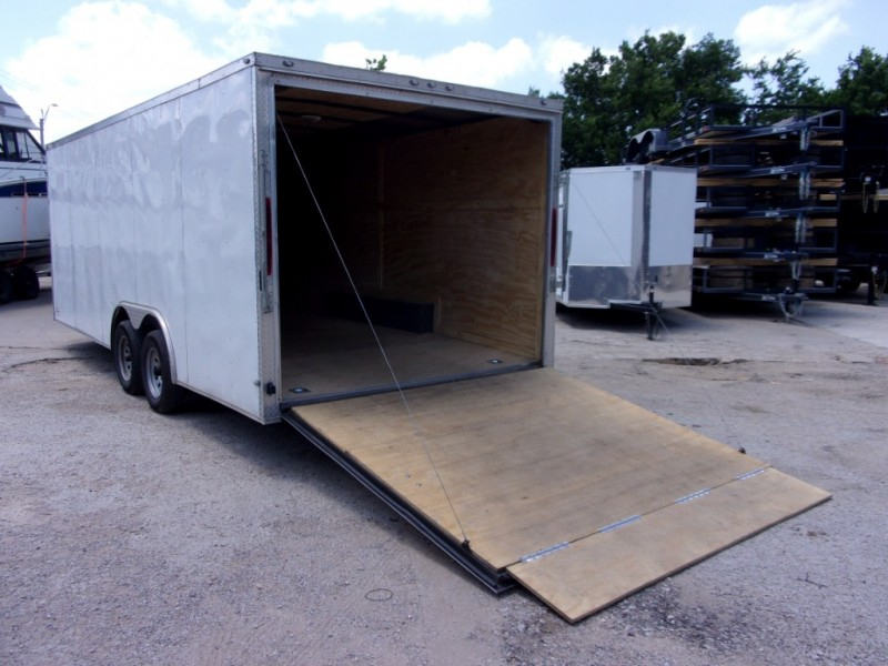 Deep South Trailers 20X8 ENCLOSED 2019 price $6,995