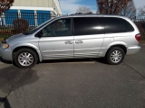 Chrysler Town and Country 2001