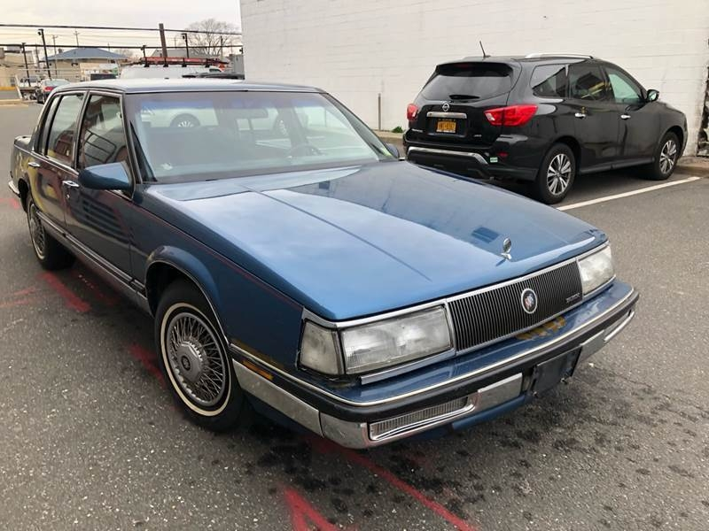 Buick Electra 1990 price $4,400