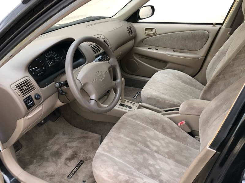 Toyota Corolla 2000 price $4,750