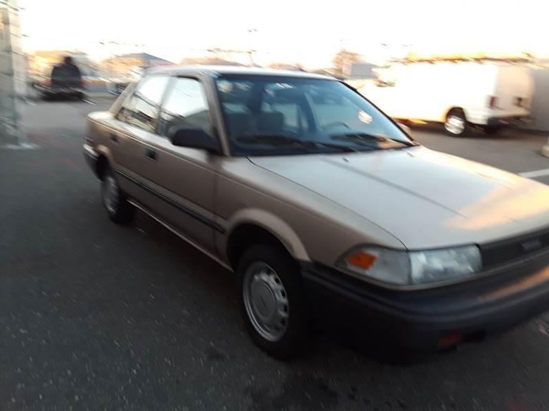Toyota Corolla 1989 price $2,900