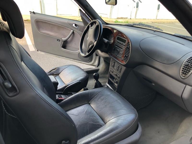 Saab 9-3 2001 price $3,400