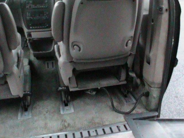 Dodge Grand Caravan 2003 price $8,500