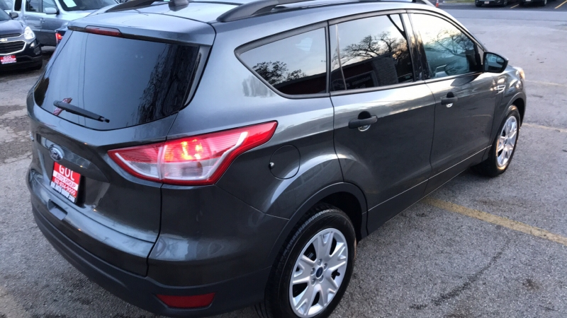 FORD ESCAPE 2016 price $10,990