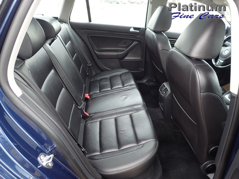 Volkswagen Golf 2013 price $9,500