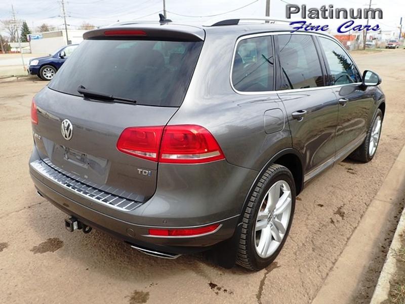 Volkswagen Touareg 2012 price $18,500