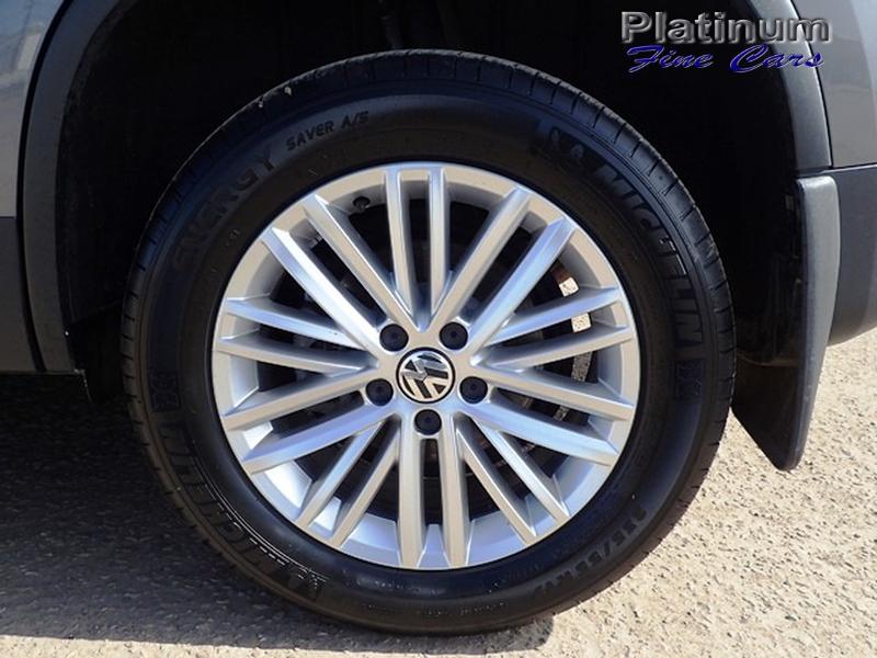 Volkswagen Tiguan 2016 price $16,800