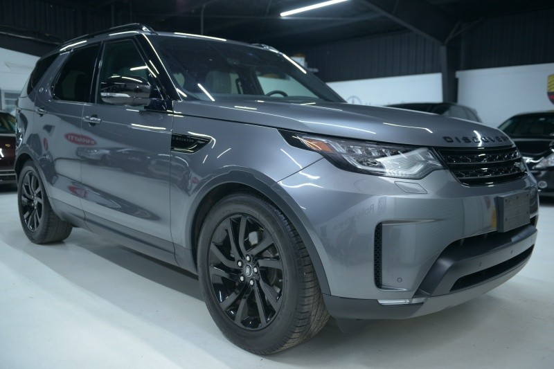 Land Rover Discovery 2017 price $50,937