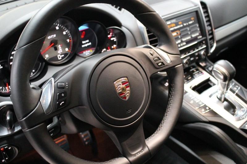 Porsche Cayenne 2013 price $28,950