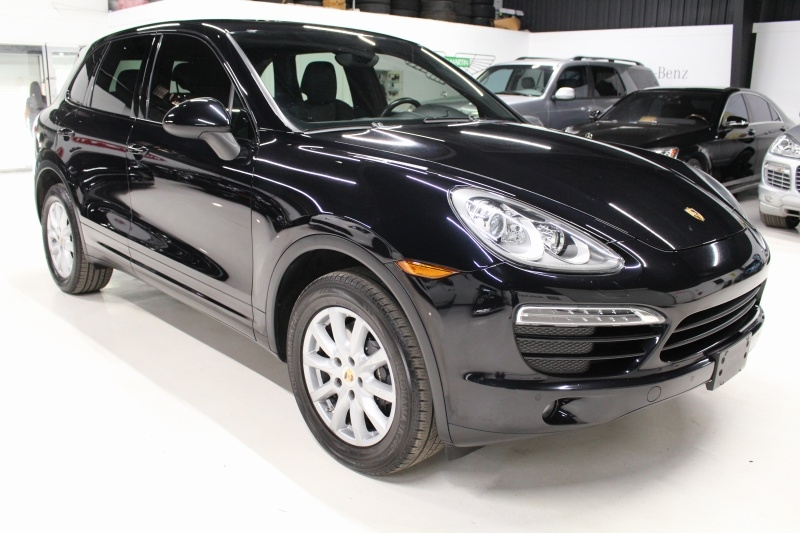 Porsche Cayenne 2013 price $19,950