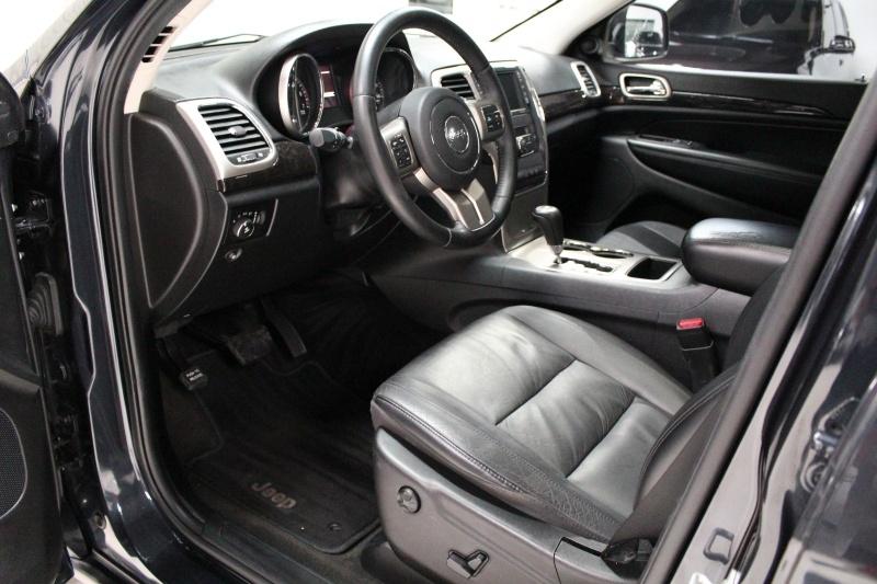 Jeep Grand Cherokee 2012 price $17,950