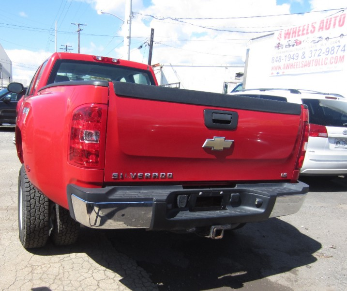 Chevrolet Silverado 3500HD 2009 price