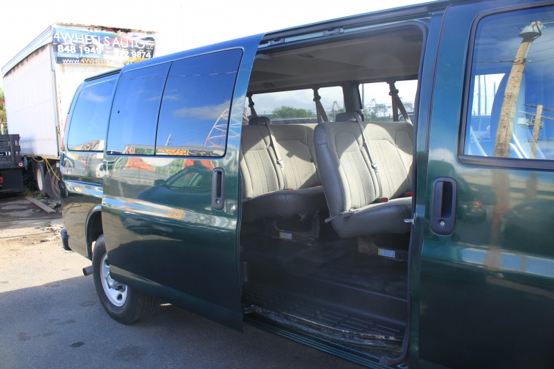 Chevrolet Express Passenger 2010 price