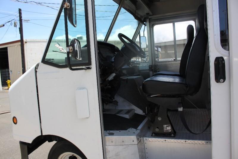 Ford Chassis stripped van/box van 2009 price