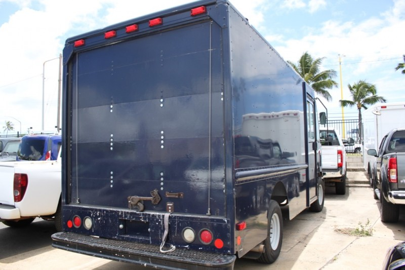 Ford Econoline Commercial Chassis 2011 price