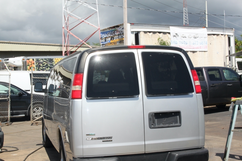 Chevrolet Express Passenger 2011 price
