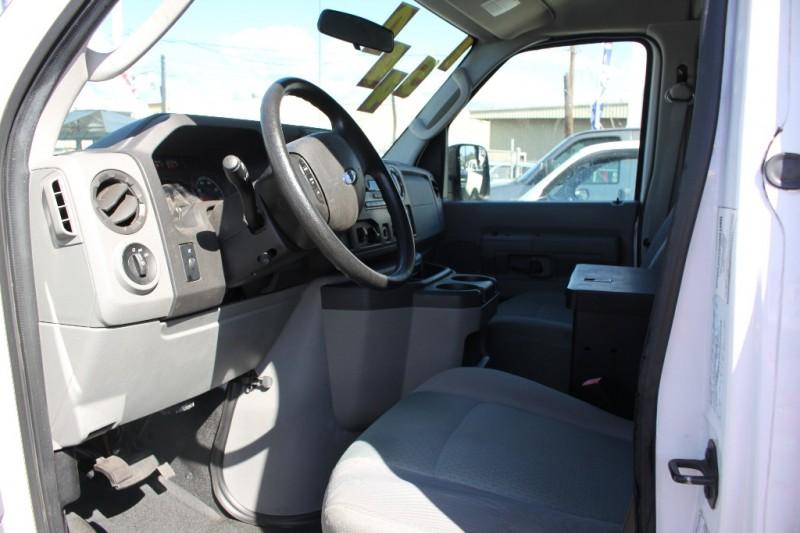 Ford Econoline E-250/Cargo Van/Lift Gate 2010 price