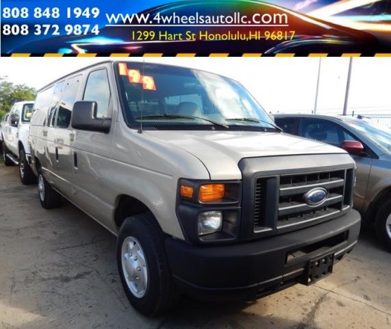 2008 Ford Econoline passenger van 25K