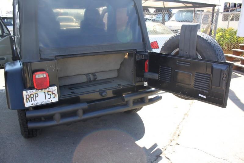 Jeep Wrangler 2006 price $10,999