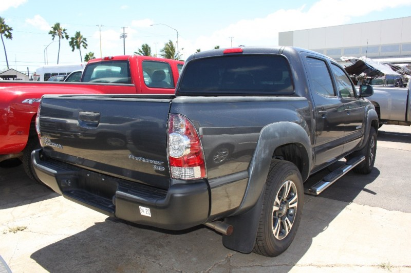 Toyota Tacoma Pre Runner 4Dr 2010 price