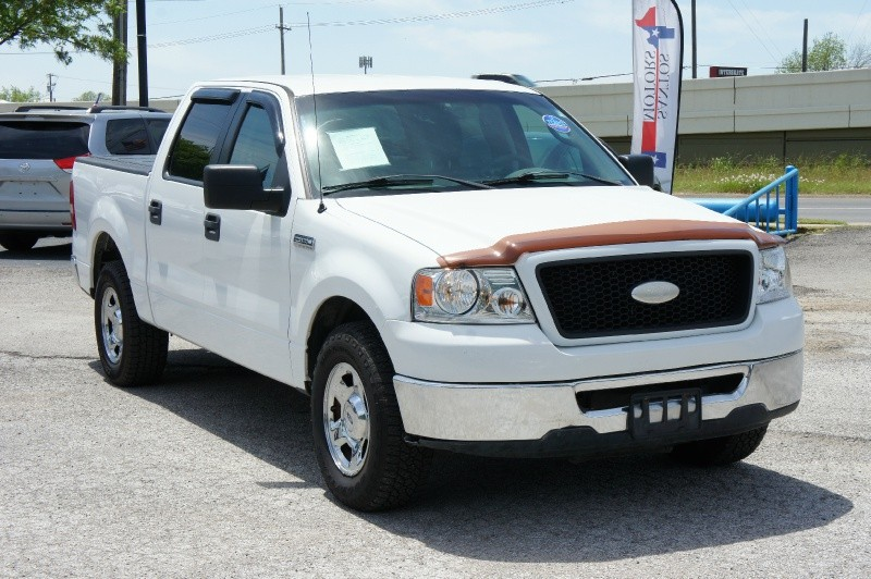 Ford F-150 2006 price $9,900