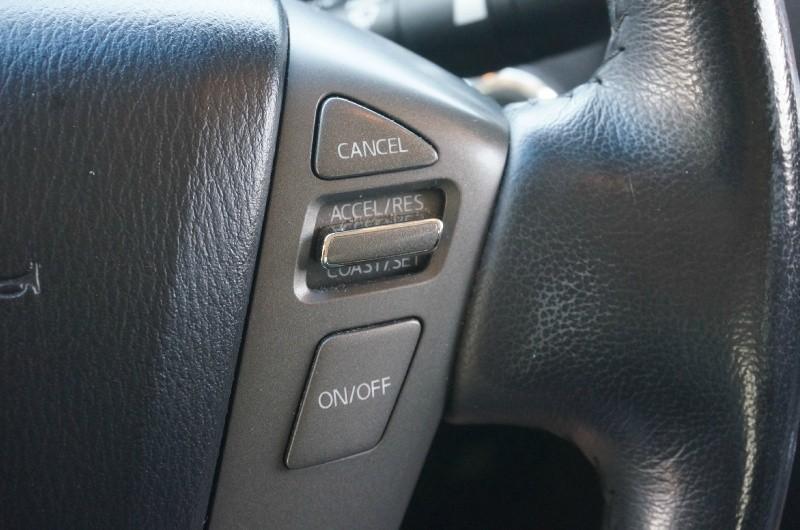 Infiniti QX56 2011 price $15,500