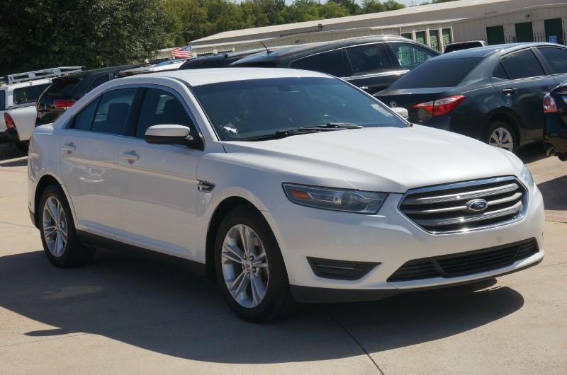 Ford Taurus 2013 price $9,900