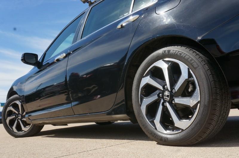 Honda Accord Sedan 2016 price $18,550