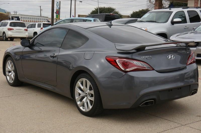 Hyundai Genesis Coupe 2014 price $10,900