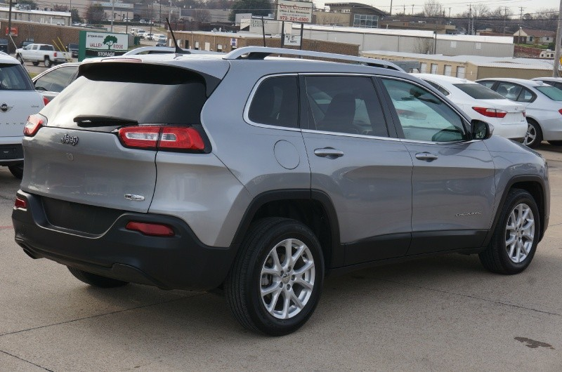 Jeep Cherokee 2014 price $8,995