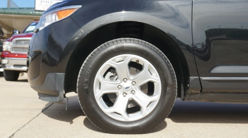 Ford Edge 2011 price $11,500